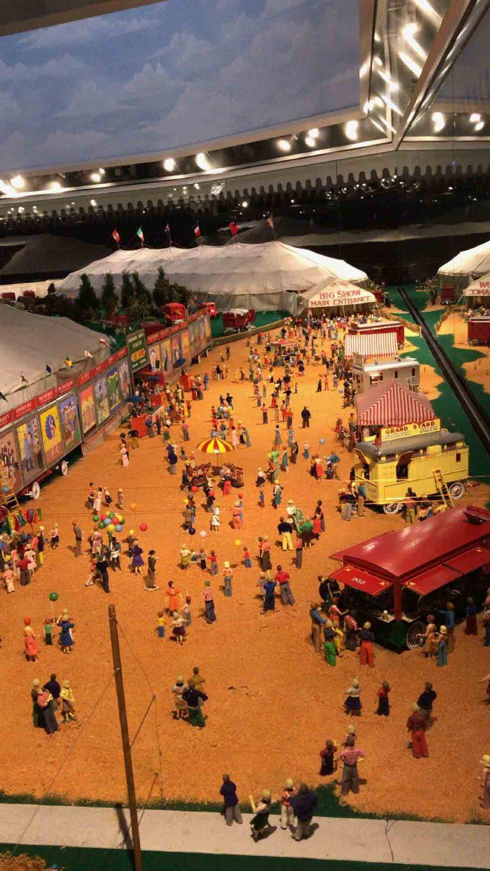 Miniatur Zirkus Installation