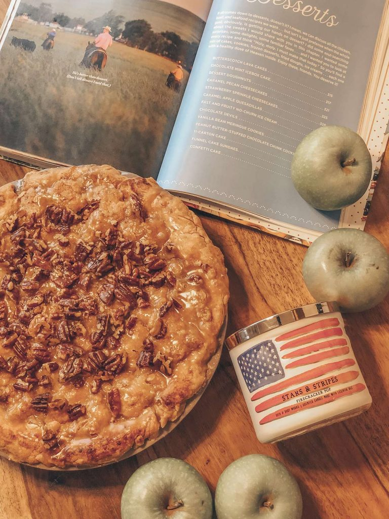 Caramel Apple Pecan Pie Rezept